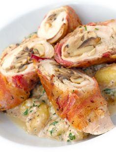 Plnené kuracie stehná No Salt Recipes, Chicken Recipes, Good Food, Yummy Food, Food Platters, Polish Recipes, Cooking Time, Poultry, Potato Salad