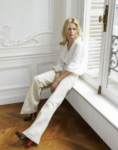 Kate Bosworth: YSL blouse, Vanessa Bruno jeans & Fendi shoes