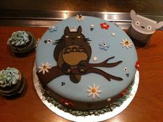 Totoro Cake and Cupcakes inspiration.