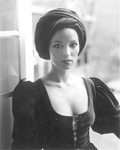 talitha getty in vogue italia, 12/70. that turban & those sleeves!