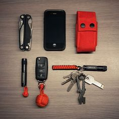 A nice EDC with lots of red accents