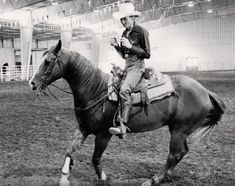 Roy Allen Yates: Step Aside…Teaching Your Horse Lateral Movement Reining Horses, Dressage, Western Horseman, Western Riding, Horse Training, Head And Neck, Great Memories, Teaching, Animals