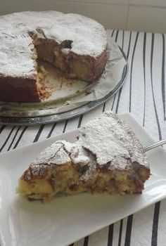Ideas que mejoran tu vida Sweet Recipes, Cake Recipes, Apple Pie Cake, Apple Cakes, Flaky Pastry, Sliced Almonds, Sweet Cakes, Greek Dishes, Muffins