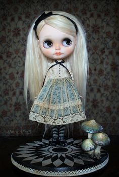 Alice and her custom stand by AlmondDoll on Flickr.