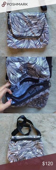 Lululemon Cross Body Bag NWOT Amazing bag in perfect condition!! lululemon athletica Bags Crossbody Bags