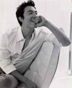 Daniel Henney: beautiful Korean/American mix. His smile can melt any iceberg! - MV