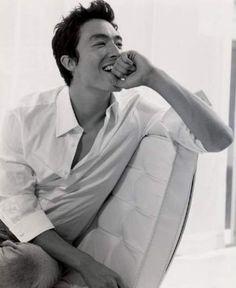 Daniel Henney: beautiful Korean/American mix. His smile can melt any iceberg! - MV