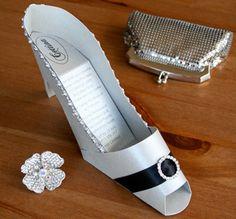 diy high heel shoe invitation | 3D High Heel shoe invitation Unique invitation