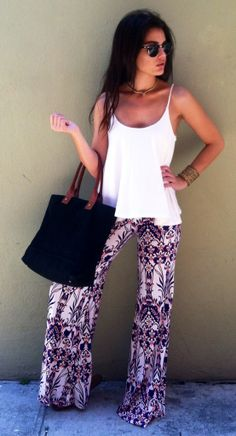 If you don't have that mixed abstract print loose fit pants. Then this pant is for you! More surprise at OASAP! Fashion Pants, Look Fashion, Womens Fashion, Fashion Ideas, Spring Summer Fashion, Spring Outfits, Summer Chic, Summer Vibes, Beautiful Outfits
