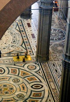Firenze il duomo di Brunelleschi 16th-century marble pavement on the floor of the nave #TuscanyAgriturismoGiratola
