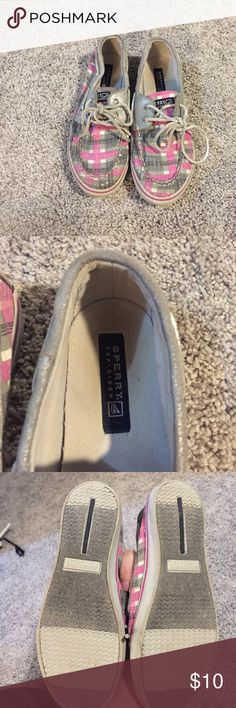 Pink sperrys Ok condition Sperry Shoes Flats & Loafers