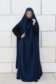 Navy open sleeve feet length khimar - Najhymm Niqab Fashion, Modest Wear, Islamic Clothing, Mode Hijab, Muslim, Navy, Clothes For Women, Sleeves, Pink