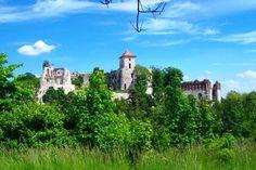 Ruiny zamku Tenczyn w Rudnie  #Tenczyn Dalsza nasza trasa prowadziła do nieco zapomnianego jurajskiego skarbu- wielkiej fortecy zamku Tenczyn w Rudnie. Właściwie to ruin tego zamczyska.