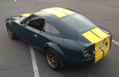 http://flanaganmotors.com   I love the pics submitted to TopMiata.com.  Here's Mr.Woolery's Fastback Pitcrew roadster.