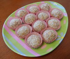 "theworldaccordingtoeggface: No Bake Healthy Snack: Protein Balls ""Truffles"""