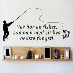 Her bor en fisker sammen med sitt livs beste fangst!