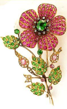 e1fd33d222f Brooches Jewels : Antique Edwardian brooch pin. Demantoid garnets rubies  pink sapphires diamond