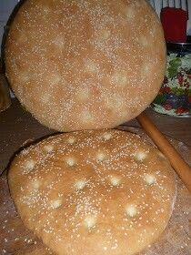 ΛΑΓΆΝΑ Hamburger, Bread, Food, Cake Batter, Recipies, Brot, Essen, Baking, Burgers