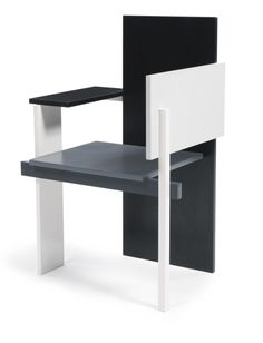 the Rietveld Berlin Chair, designed by Gerrit Thomas Rietveld in 1923.