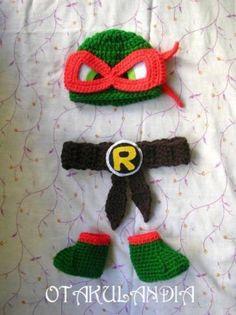 ¿Te gusta y quieres ver más? ¡Síguenos!: https://www.facebook.com/otakulandia.es/  Disfraz Tortugas Ninja (Cosplay) realizado a mano en crochet para los más pequeñitos de la casa... ¡Perfecto para hacerle sus primeras fotos!