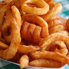 Craving Curly Fries? Make Them Yourself! http://www.yummly.com/blog/2012/10/craving-curly-fries-make-them-yourself/