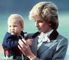 イギリス】シャーロット王女とジョージ王子の写真 ...