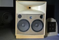 High End Audio Equipment For Sale Pro Audio Speakers, Big Speakers, Horn Speakers, Equipment For Sale, Audio Equipment, Room Acoustics, Audio Room, Speaker Design, High End Audio