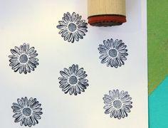 Shasta Daisy Rubber Stamp door norajane op Etsy https://www.etsy.com/nl/listing/29240959/shasta-daisy-rubber-stamp