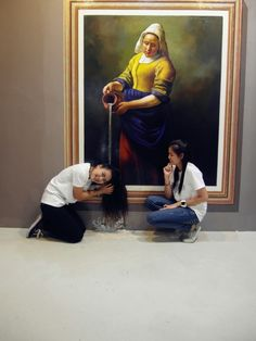3D Interactive Paintings in Art Museum, visitors can be part of the art by posing in the 3D Painting. More information and more images from this Artist, Press the Image.