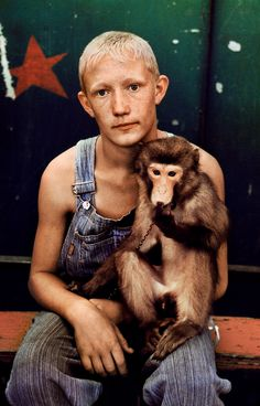 Deep Ancestry, Young Russian Circus Performer, by Steve McCurry Steve Mccurry Portraits, Steve Mccurry Photos, We Are The World, People Around The World, Steeve Mc Curry, Vivre A New York, World Press Photo, Amor Animal, Afghan Girl