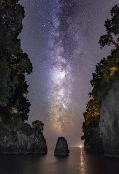 Beautiful Sky, Beautiful Images, Night Sky Photos, To Infinity And Beyond, Dark Skies, Milky Way, Stargazing, Cosmos, Night Skies