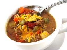 Cheeseburger in Paradise Skinny Soup. All the fabulous flavors of a dreamy cheeseburger in a soup! Each serving has 207 calories, 3.8 grams of fat and 5 Weight Watchers POINTS PLUS. http://www.skinnykitchen.com/recipes/cheeseburger-in-paradise-skinny-soup/