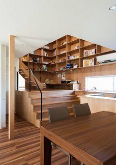 ファミリーコーナー: 株式会社ブレッツァ・アーキテクツが手掛けた書斎です。