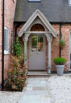 Emotional tested outdoor porch design Visit our Cottage Front Doors, Victorian Front Doors, Victorian Porch, House Front Porch, Cottage Porch, Front Porch Design, Cottage Exterior, Front Porches, Porch Designs