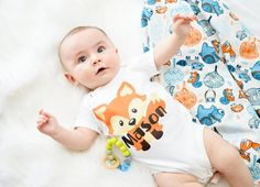 ♥ Our woodland fox print swaddle sets are absolutely darling! Your Liv & Co.™ swaddle blanket will come professionally serged with rounded corners in a premium blend fabric that is single layer, medium weight and breathable, ideal for swaddling your baby boy in all seasons. Due to their generous