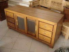jual meja tv minimalis dengan bahan kayu jati yang didesin dengan gaya minimalis. kami juga menyediakan berbagai macam dan design produk furniture mebel jepara yang siap untuk di pesan.