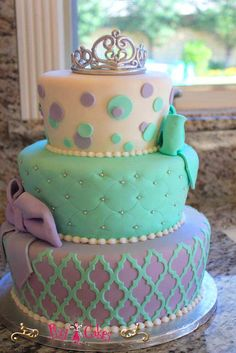 birthday-cake-3-tier-princess-cake-crown-bow-circles-mint-diamonds-purple-teal-green.jpg (667×1000)
