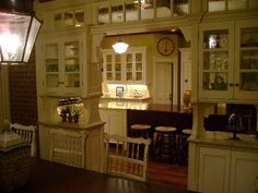 Derek's Practical Magic kitchen 4