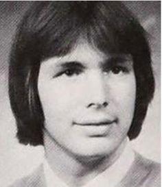 Garth Brooks                                                       …