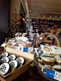 Picnic - a food + wine boutique  http://www.picnicseattle.com/