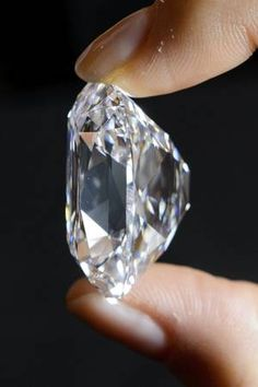 Golconda diamond fetches world record price