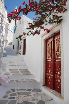 Travel Inspiration for Greece - Naxos Island ~ Cyclades ~ Greece Places Around The World, Oh The Places You'll Go, Places To Travel, Naxos Greece, Paros, Mykonos, Bougainvillea, Greece Travel, Greek Islands