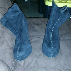 Black cute booties Black cute booties sz 8. They are zip ups in the back. I got this from another posher. I really liked these booties but I can't remain my balance with them on lol so I have to let them go. They are comfortable  tho. Shoes Ankle Boots & Booties