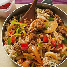 Pork Recipes Paprika Rice Pan Ingredients Salt 125 g long grain rice each 1 small red and green p … Pork Recipes, Cooking Recipes, Healthy Recipes, Musaka, Rice Recipes For Dinner, Pasta, Fried Rice, Fried Quinoa, Quinoa Rice
