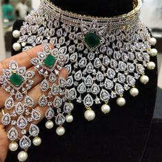 Bridal Jewellery Inspiration, Indian Bridal Jewelry Sets, Wedding Jewelry, Indian Jewelry, Wedding Accessories, Hair Accessories, American Diamond Jewellery, Bridal Necklace Set, Necklace Designs