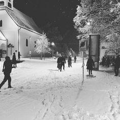 Verwechslungsgefahr: #schneeballschlacht oder #klausur😜☃️❄️ #latenight #hinterstoder Snow, Outdoor, Instagram, Outdoors, Outdoor Games, The Great Outdoors, Eyes, Let It Snow
