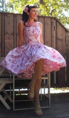 Pinup Kleid                                                                                                                                                                                 Mehr