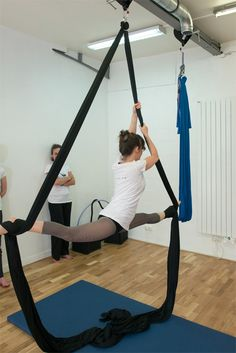 Take your yoga to new heights in Paris this week! Antigravity yoga in the house…