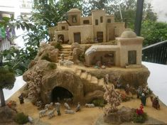 use as a basis for creating own Bethlehem/nativity scene. Papier mache etc. Christmas Crib Ideas, Christmas Crafts, Christmas Decorations, Christmas Nativity Scene, Christmas Villages, Fontanini Nativity, Garden Nook, Mud House, Holy Night