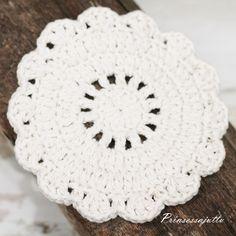 List of attractive matto virkattu ohje ideas and photos Princess Stories, Crochet Kitchen, Crochet Mandala, Doilies, Coasters, Knitting, Rugs, Diy, Patterns